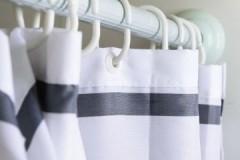 Секреты Мойдодыра: как правильно постирать шторку для ванны (душа) руками и в машинке