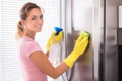 Способы и средства, как убрать царапины на холодильнике белого, серого и других цветов