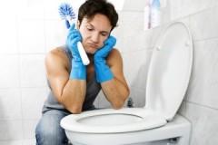 Рекомендации опытных хозяек, как убрать мочевой камень в унитазе в домашних условиях