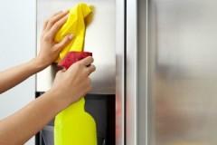 Быстро, чисто и без разводов, или чем отмыть холодильник снаружи