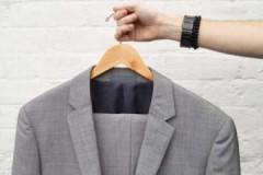 Подробная инструкция по грамотной и бережной стирке пиджака в машинке и вручную