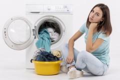 Почему стиральная машина Канди не включается и что с этим делать?