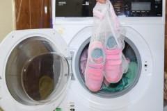 Полезный и нужный аксессуар: мешок для стирки кроссовок в стиральной машине-автомат