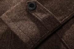 Как правильно стирать шерстяное пальто вручную и в машинке: полезные рекомендации