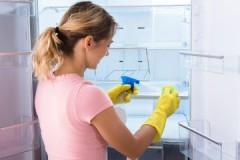 Несложная инструкция, как помыть холодильник уксусом