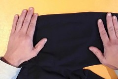 Советы и рекомендации, как убрать катышки со штанов и брюк в домашних условиях
