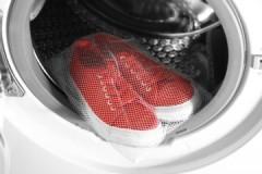 Удобный и полезный атрибут: что такое мешок для стирки обуви и как им пользоваться?