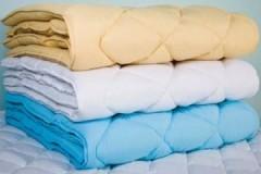 Трудности процесса: как постирать ватное одеяло в домашних условиях?