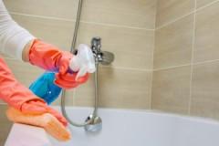 Советы Мойдодыра, как и чем очистить ванну от желтого налета в домашних условиях