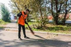 В чем заключаются обязанности дворника по уборке придомовой территории?