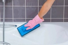 Методы борьбы, или как очистить известковый налет в ванной в домашних условиях