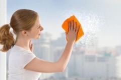 Секреты опытных хозяек: какой тряпкой лучше мыть окна