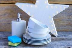 Как сделать средство для мытья посуды своими руками в домашних условиях?