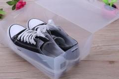 Достоинства и недостатки, советы по выбору пластиковых коробок для хранения обуви