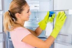 Зачем и чем мыть новый холодильник внутри перед включением?