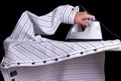 Со стрелками или без: как необходимо гладить мужскую рубашку с длинным рукавом