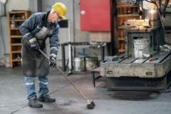 Периодичность, нормы и требования осуществления уборки рабочего места на производстве