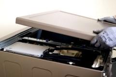 Пошаговая инструкция, как снять верхнюю крышку стиральной машины Индезит