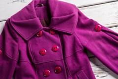 Как избежать ошибок и погладить пальто правильно?