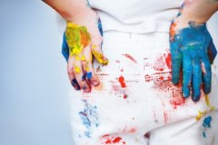 Полезные советы, чем вывести засохшую краску с джинс в домашних условиях