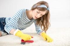Секреты и советы: как почистить ковер без пылесоса