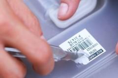 Доступные и действенные способы, как убрать клей от наклейки с разных предметов