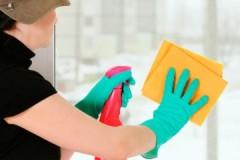 Маленькие хитрости, как мыть окна с помощью уксуса