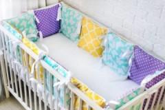 Как необходимо стирать бортики в кроватку для новорожденных?