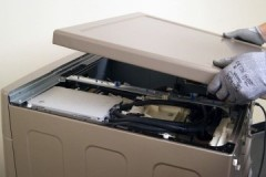 Несложное руководство, как снять верхнюю крышку стиральной машины LG