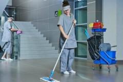 Какова периодичность уборки подъездов многоквартирных домов?