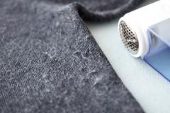 Как легко и быстро убрать катышки со свитера в домашних условиях?
